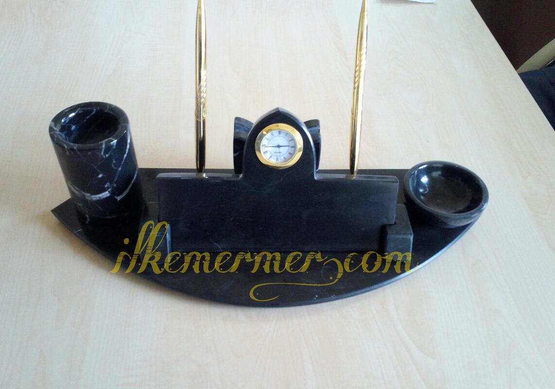 Toros Siyahı Mermer Masa İsimiği